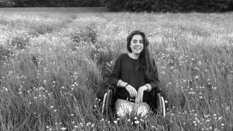 foto-epiletica-cadeira-rodas