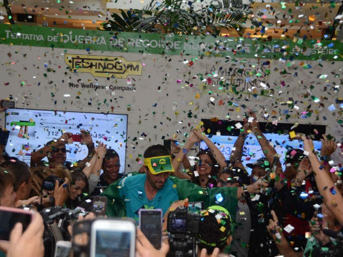 brasileiro na esteira